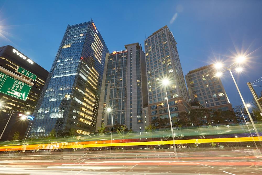 ramada hotel and suites seoul namdaemun review