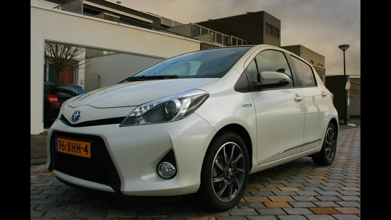 toyota yaris hybrid 2013 review