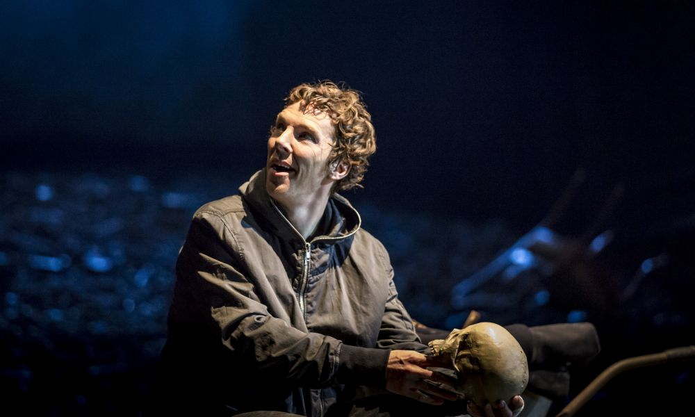 national theatre live hamlet review